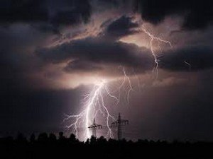 Noah-Ciel orag-puissance de l'éclair