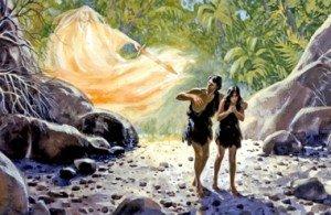 Adam et Ève-chassés de l'Eden avec seulement une peau de bête