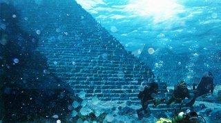 Myst-Yonaguni sous l'eau- Underwater-pyramid-1
