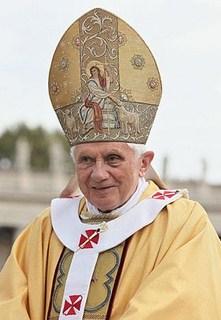 Rel-Mitre Papal - Benoit XVI